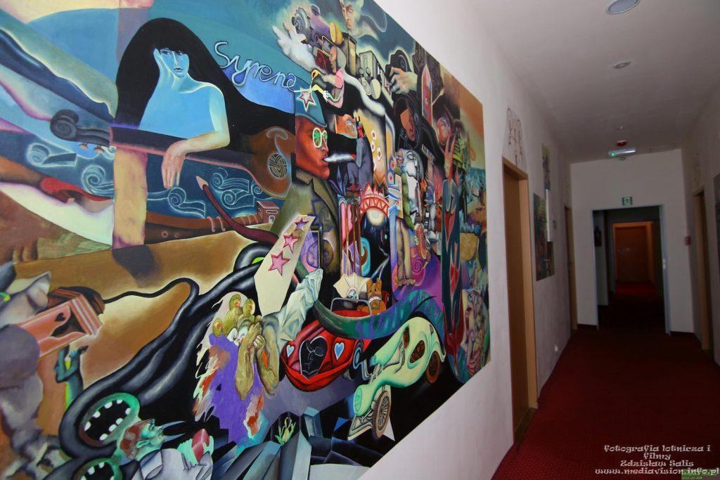 Obrazy na ścianach